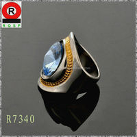 New brand Wholesale Customized Alloy Modern Aqua Blue Glass Diamond Ring