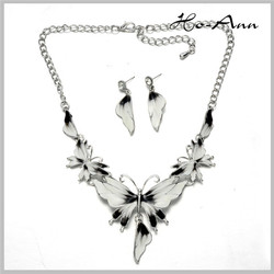 CHEAP PRICES TOP FASHION!!! fashion short necklaces