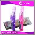 muestra gratis para adultos productos del sexo las mujeres hermosas utilizando el sexo consolador vibrador del conejo