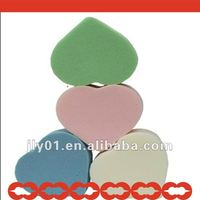 Love shape facial cosmetics sponge