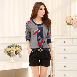 High quality fashion korean sytle young ladies bird pattern round neck knit sweater