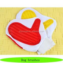 Wholesale pet plastic brush, cheap bath dog brushes, pet grooming glove
