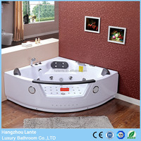 wholesale cheap glass jet whirlpool bathtub with TV option