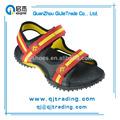 hermoso y encantador de la moda sandalias de goma para niñas y niños
