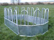 16 place round hay rack feeder
