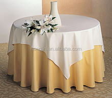 factory wholesale 100% polyester cream color round underlay and white color square overlay for banquet