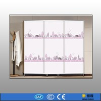 Fashion glass doors and pictures