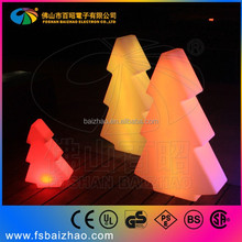 New products Christmas tree decoration flashing led christmas tree badges/flashing christmas badges