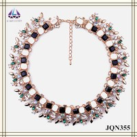 Imitation gold leaves with colorful square bead designs collar chunky chain for women