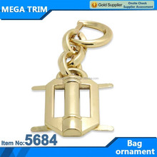 Long chain metal popular ornament for bag in factory wholesale
