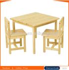 crianças mini de madeira mesa e cadeira
