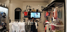 Clothing shop fittings,luxurious clothing display