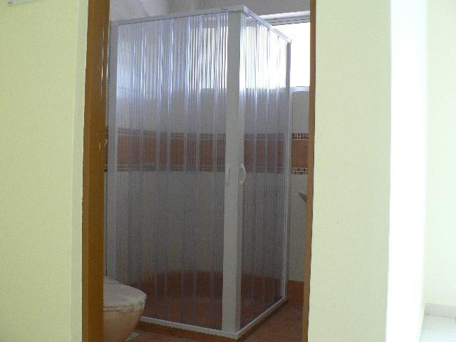 cran de douche en pvc paroi de douche id du produit 11256033. Black Bedroom Furniture Sets. Home Design Ideas