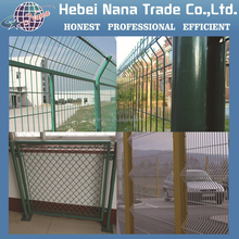 Hot PVC wire mesh panels / chain link fence made in China