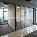silding portas de vidro para a parede divisória do escritório
