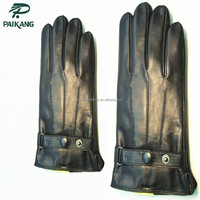 Classic mens hand gloves for bikes