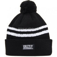 Winter wool thick warm female knitted cap with woven patch