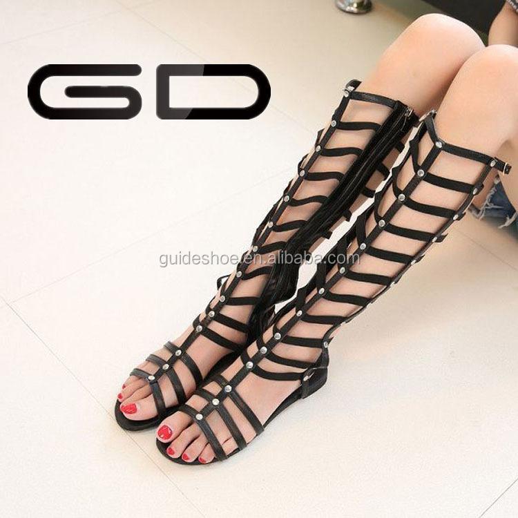 Produzione di sandali