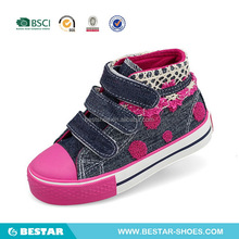 2015 New Wenzhou Kids Vulcanized Shoes for Girls