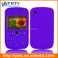 Set Screen Protector And Case , Purple Silicone Back Cover For Blackberry 8520 / 9300