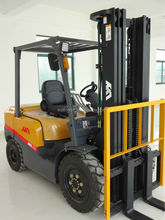 Japanese quality new gasoline forklift , mini truck,tow truck for sale