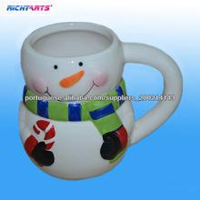 caneca de café cerâmica do boneco de neve em forma