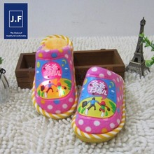 winter kids slipper with led light