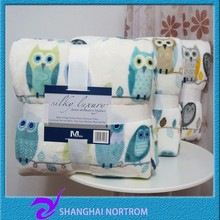 100% polyester high quality and low price Competitive price high quality and low price printed color flannel blanket