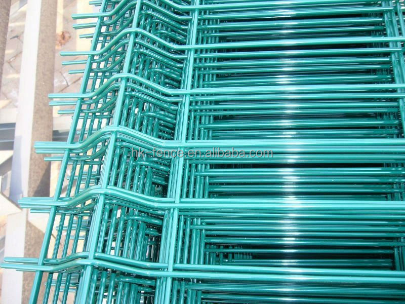 Nylofor Curved PVC Coated & Galvanized Weld Mesh Fence Panel