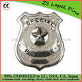 insigne métallique / insigne militaire
