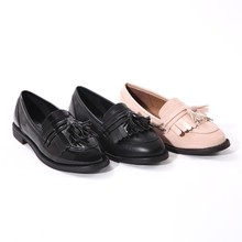 Tassels women flat round toe shoes
