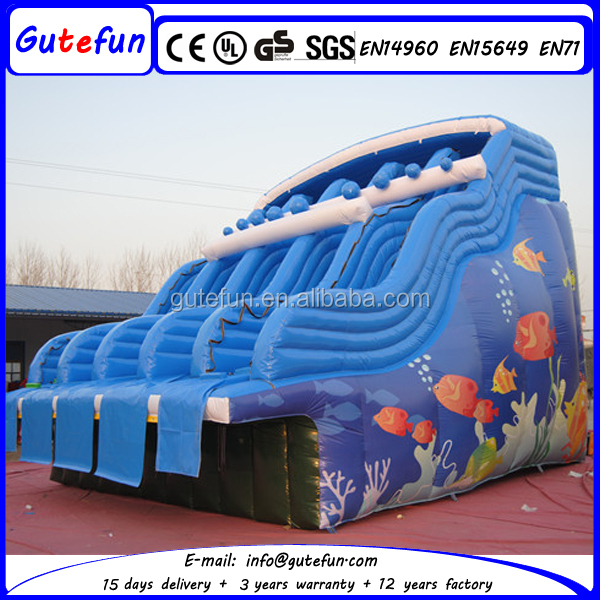 Le plus bas prix colorful imprim g ant gonflable toboggan for Prix piscine gonflable