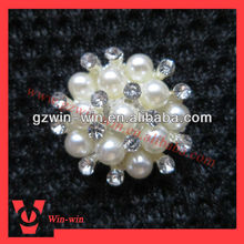 small pearl brooches for wedding invitation card