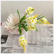 artificial daffodil flowers