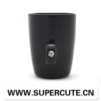 Gifts for newly married couple black color diamond ring handle shape promotion mug