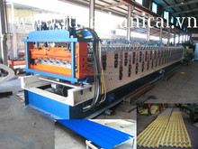 Double decker roof roll forming machine