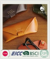 china supplier BSCI certification for reading glasses pouch handmade folding genuine leather sunglasses case wholesale
