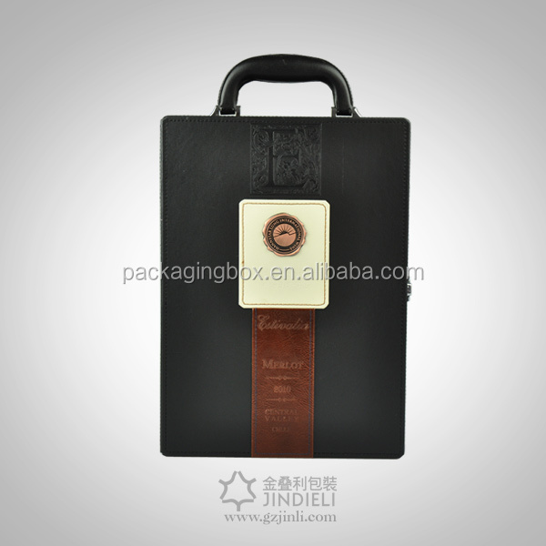 Leather wine carrier for single bottle