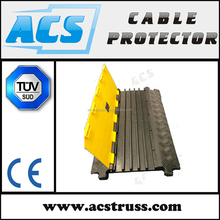 45 x 40mm Channel Size 4 Channels Heavy duty rubber Cable guard