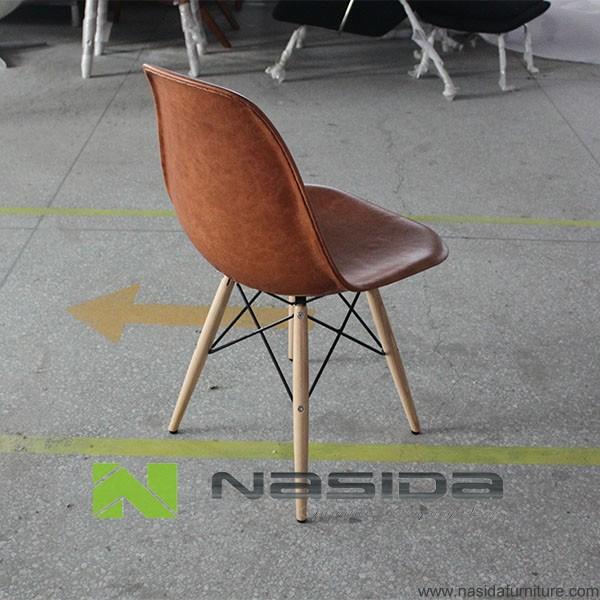 Ch108 r plique la pointe de la mode en cuir pleine charles for Replique chaise eames