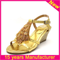 China 12years factory ladies new chappals sandals chappals