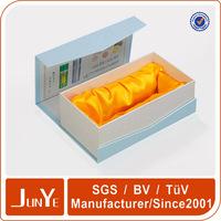 Thin cardboard shipping box for glass bottles