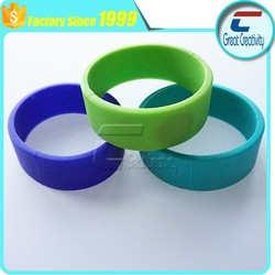 13.56mhz RFID Rubber Bracelet low cost with colorful design