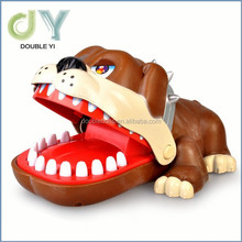 Custom China manufacturer high quality funny bite hands animals toy Plastic animal / Bite hand dog