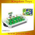 mini jugador de fútbol de juguete
