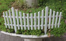 Hot sell plastic fence for garden decorate
