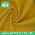 Wujiang new design amarelo planície tingida tecido malha tecido para o vestido