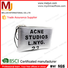 2015 high quality silver pu coin cosmetic pouch with zipper and wristlet
