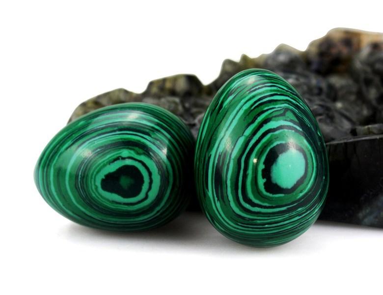 Горячая оптовая продажа резные драгоценные камни Малахит яйцо Рождество/Бизнес подарки