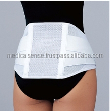 Highly breathable lumbar support belt with two lightweight stays